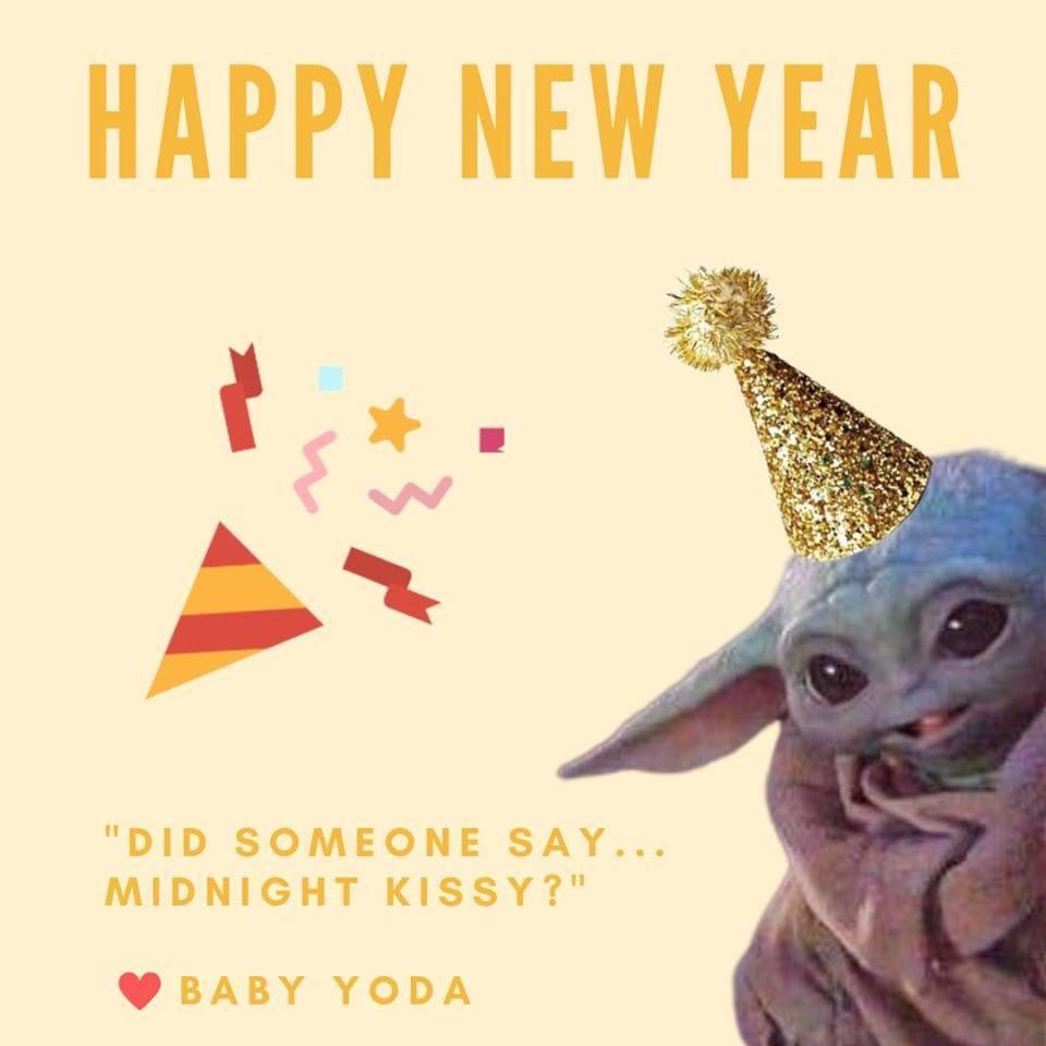 Did Someone Say Midnight Kissy R Babyyoda Baby Yoda Grogu Yoda Funny Yoda Wallpaper Yoda