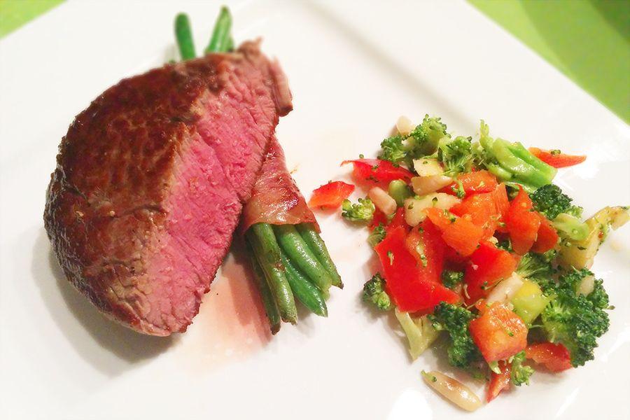 Wie wäre es mit einem leckeren #Rinderfilet zum #Abendessen? Eignet sich auch sehr gut für eine #lowcarb #Diät. Mehr auf www.food-is-70-percent.com