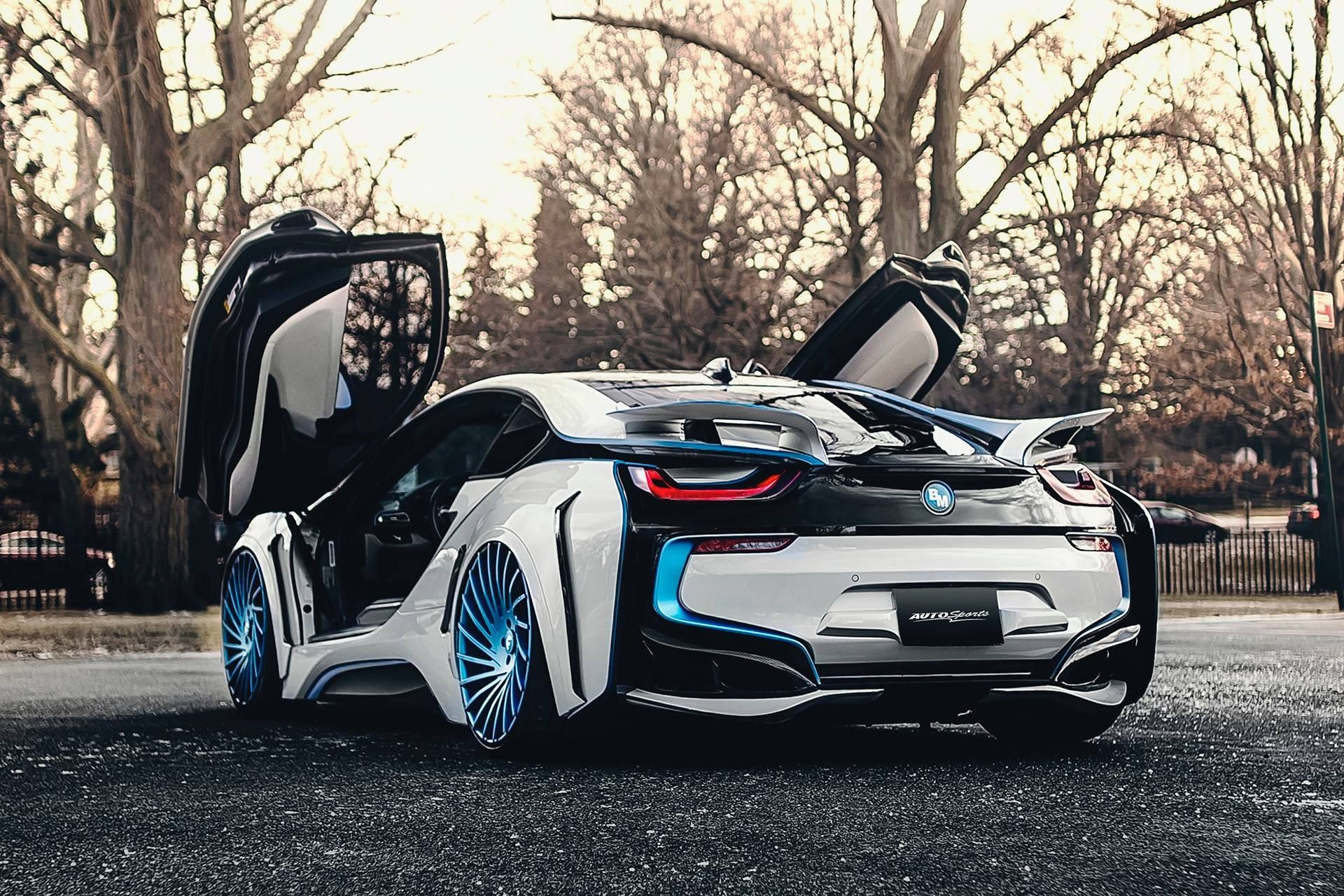 Spaceship In The Form Of The Car Custom White Bmw I8 With Blue Accents Bmw Dream Cars Bmw Bmw I8