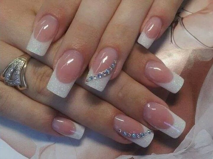 French Manicure With Accent Nail Rhinestone Design French Acrylic Nails French Acrylic Nail Designs French Manicure Nails