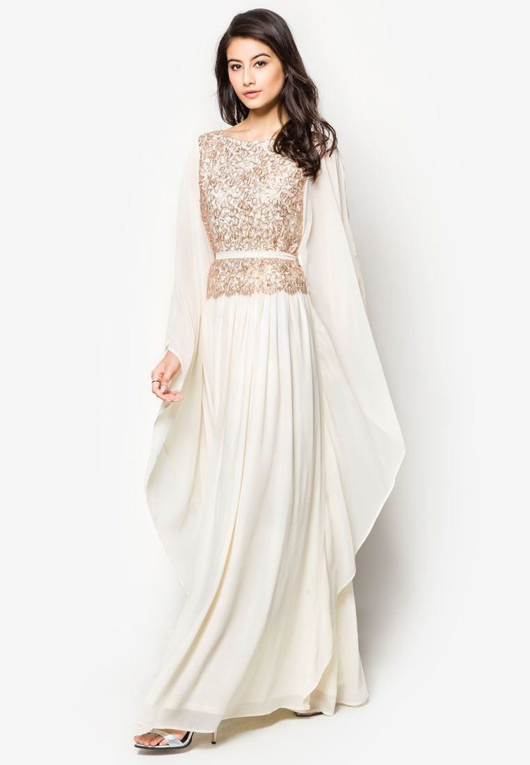 Wear to what under white leggings, Noor waseem exclusive formal collection at pfwl