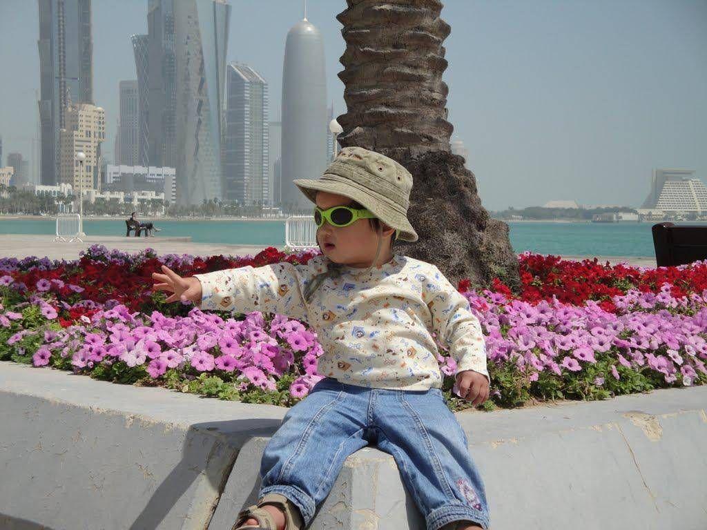 Waving, #Doha Corniche, Qatar. view on FB https://www.facebook.com/SinbadsQatarPocketGuide Credit: Joe Gareri