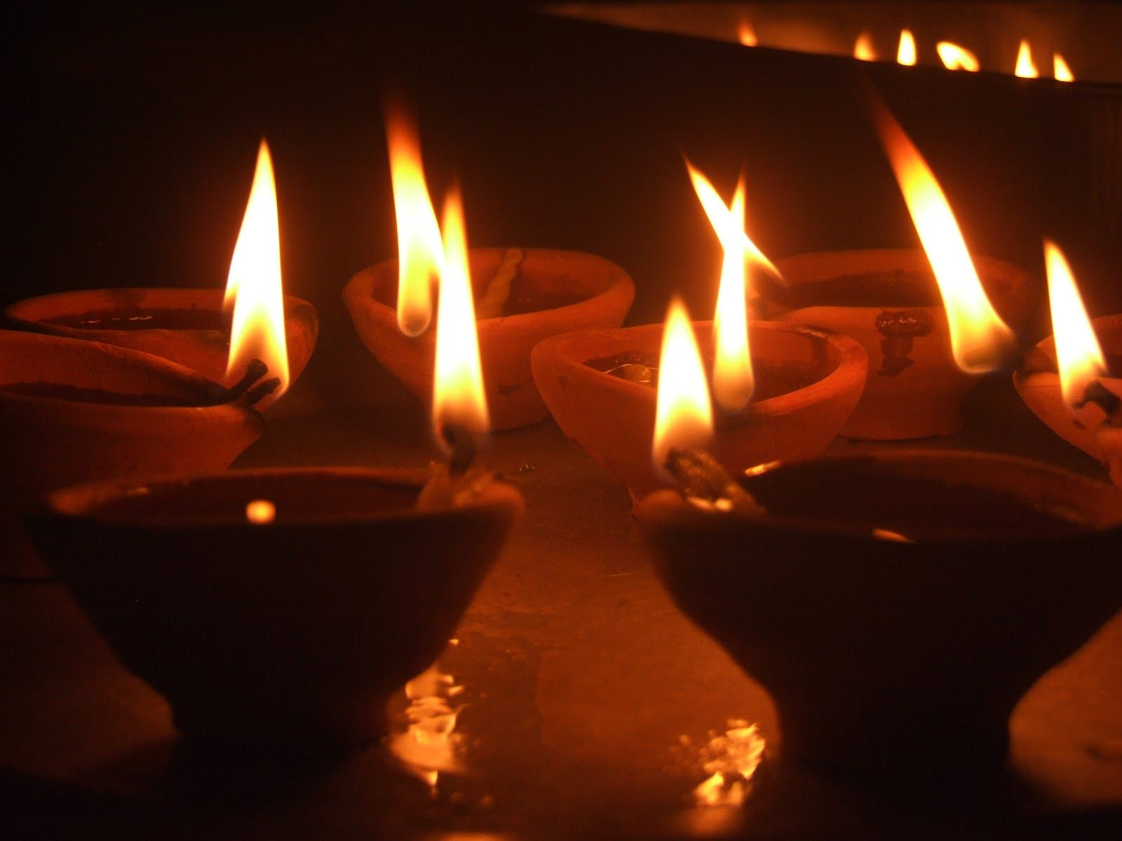 Light a ghee lamp to become rich for lighting lamps in temple  155fiz