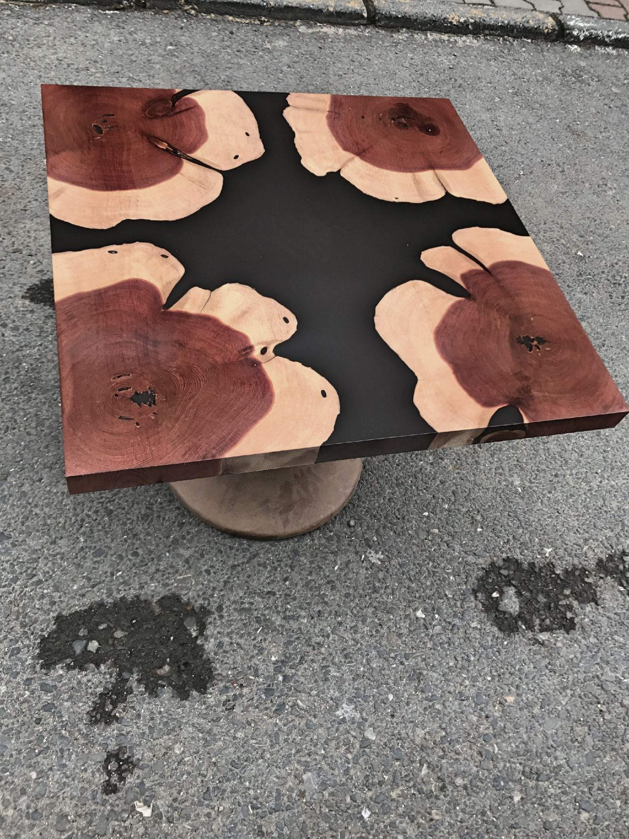 Contemporary Ecowood Black Pigment Resin Juniper Round Slabs Epoxy Resin Wood Resin Furniture Epoxy Wood Table [ 1706 x 1280 Pixel ]