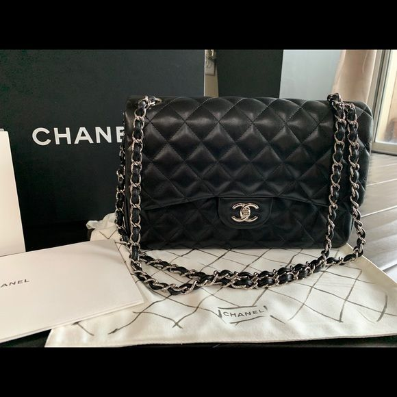 19be15b01cc5 Chanel Double Flap Jumbo Lambskin Classic Absoutley stunning Chanel Handbag.  There are extremely minimal signs