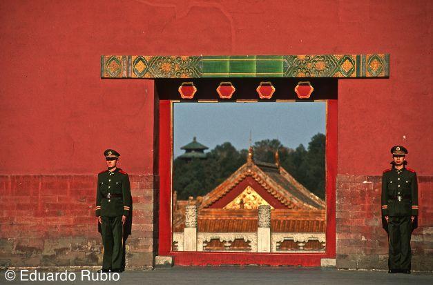 En Pekín, el cielo, ya no es azul....