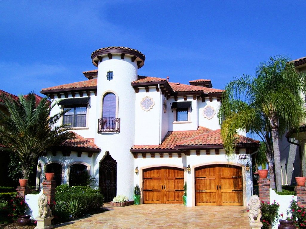 Wondrous Mediterranean Style Home With Privacy Luxury Vacation Home Interior And Landscaping Palasignezvosmurscom