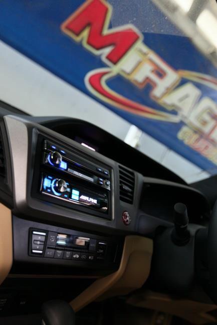 Iva D800 Rux C800 Combo Looks Good Sounds Even Better Car Radio Combo Installation