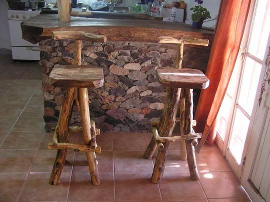 Madera arte muebles rusticos por miguel ruiz bancos banquetas caba as pinterest - Muebles de madera rusticos ...