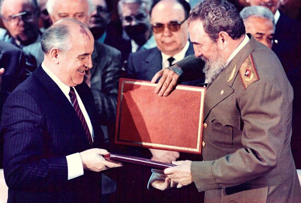 1989. Met Sovjetleider Michael Gorbatsjov.