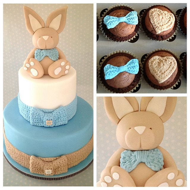 I think I want this for the cake if I'm having a boy. Oh how I wish I knew what I was having already so it could have an identity and not be an it anymore.