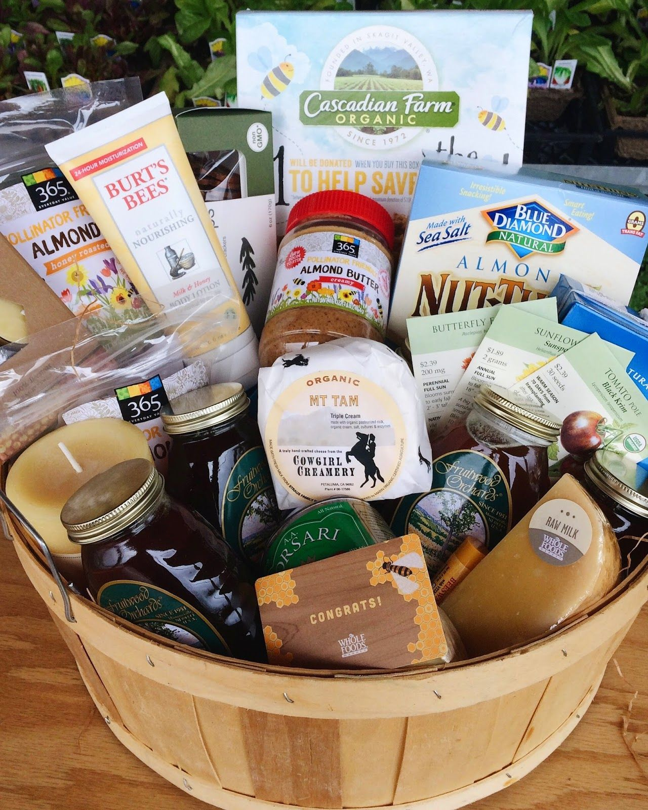 Whole Foods Market Food Gifts Food Inspiration Food Gift Baskets Healthy Whole Food Recipes Gifts For Friends Lifestyle Blog Bee Presents For ... & Pin by Alison Shaffer on Whole Foods Market blogger events ...