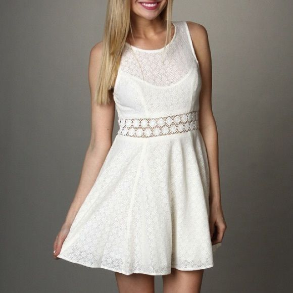 Free People Fitted Dress With Daisies Ivory Free People sundress with cutout daisy middle. Free People Dresses