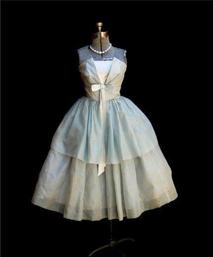 Robe mariée vintage années 50 couleur vert eau