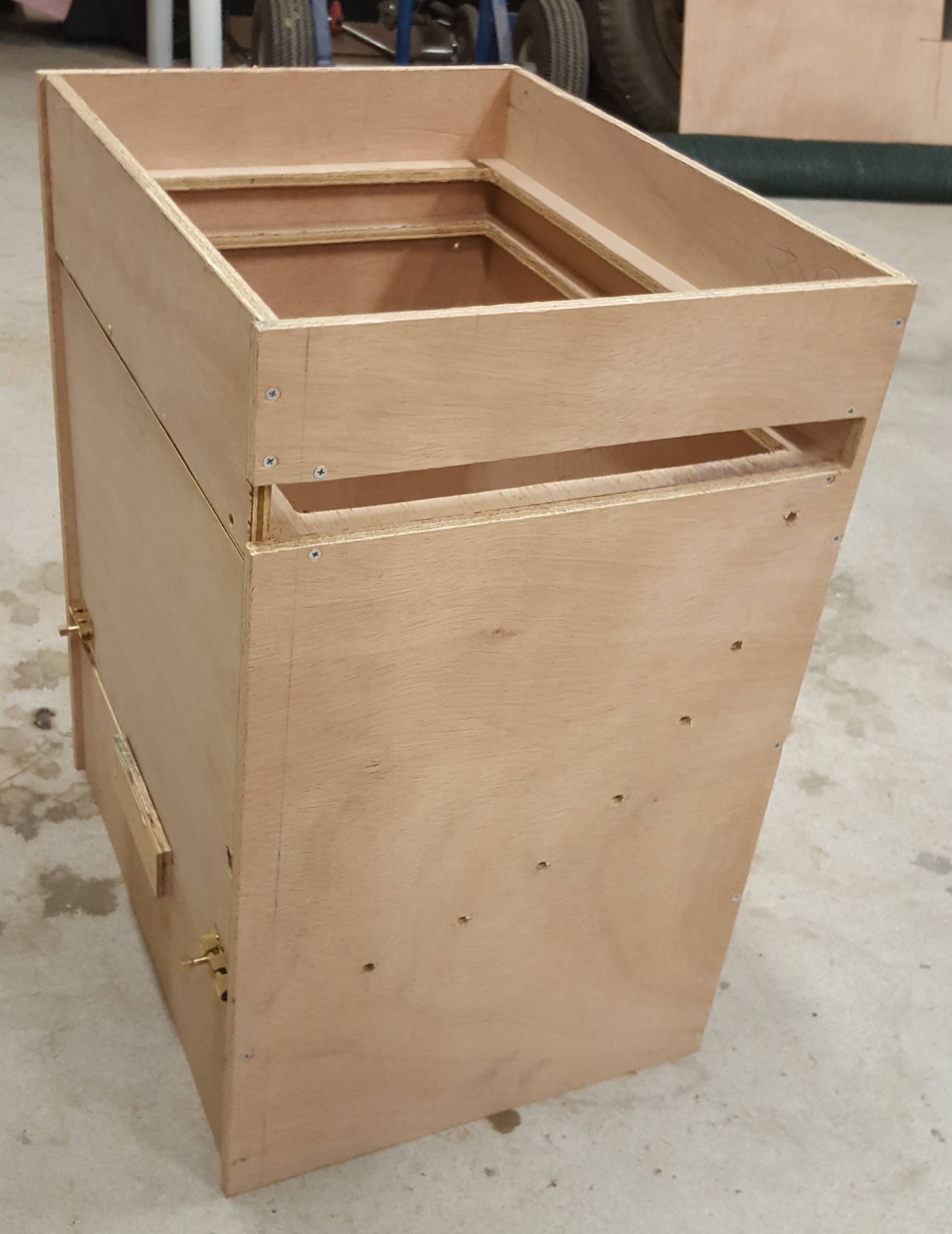 Built an air mixing box for my shipping container fruiting