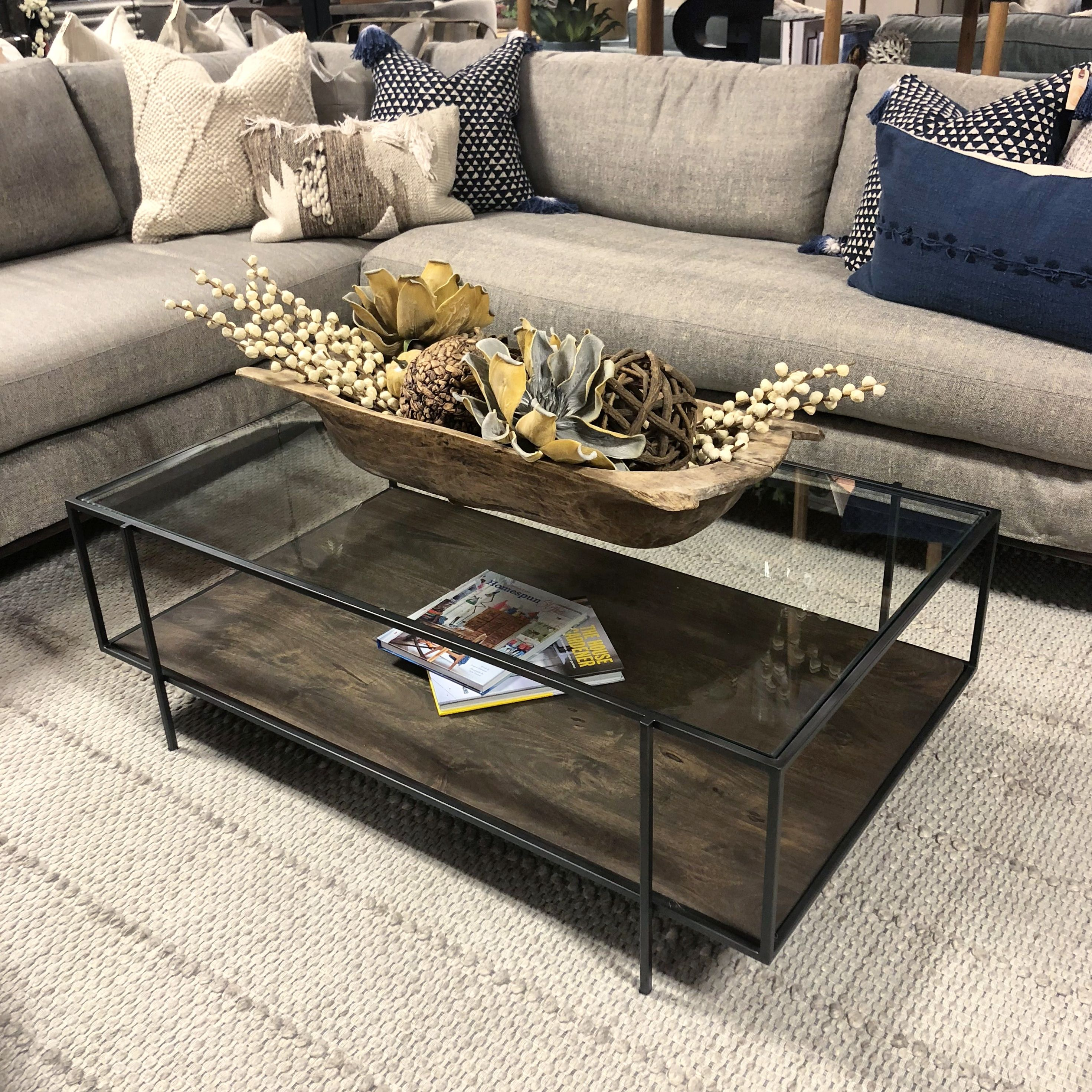 Marvelous The Ivano Coffee Table Opens Up This Living Room Setting Download Free Architecture Designs Scobabritishbridgeorg