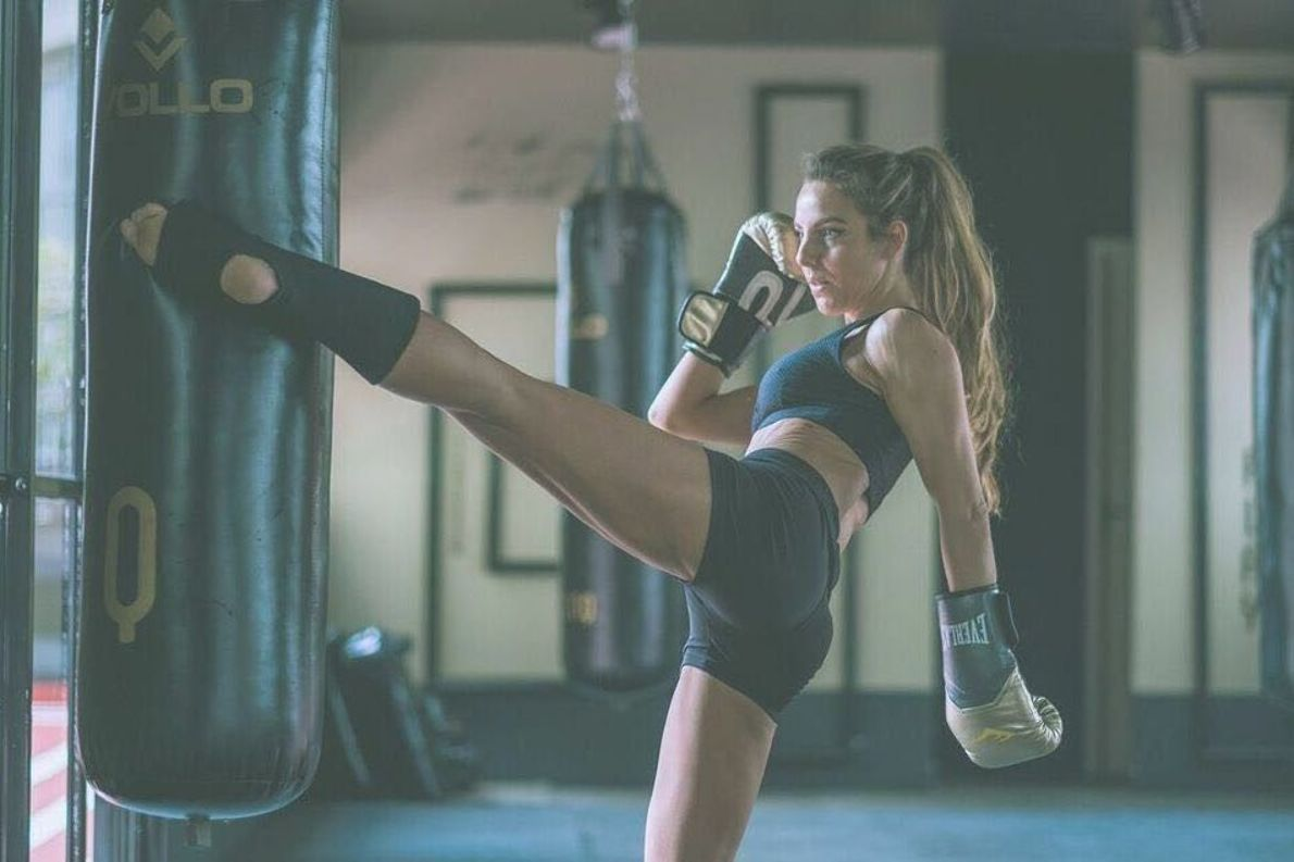 Pity Sehbe #fitness #model #girl #female #kickboxing #muay thai #boxingbag #kick #strong #boxingglov...