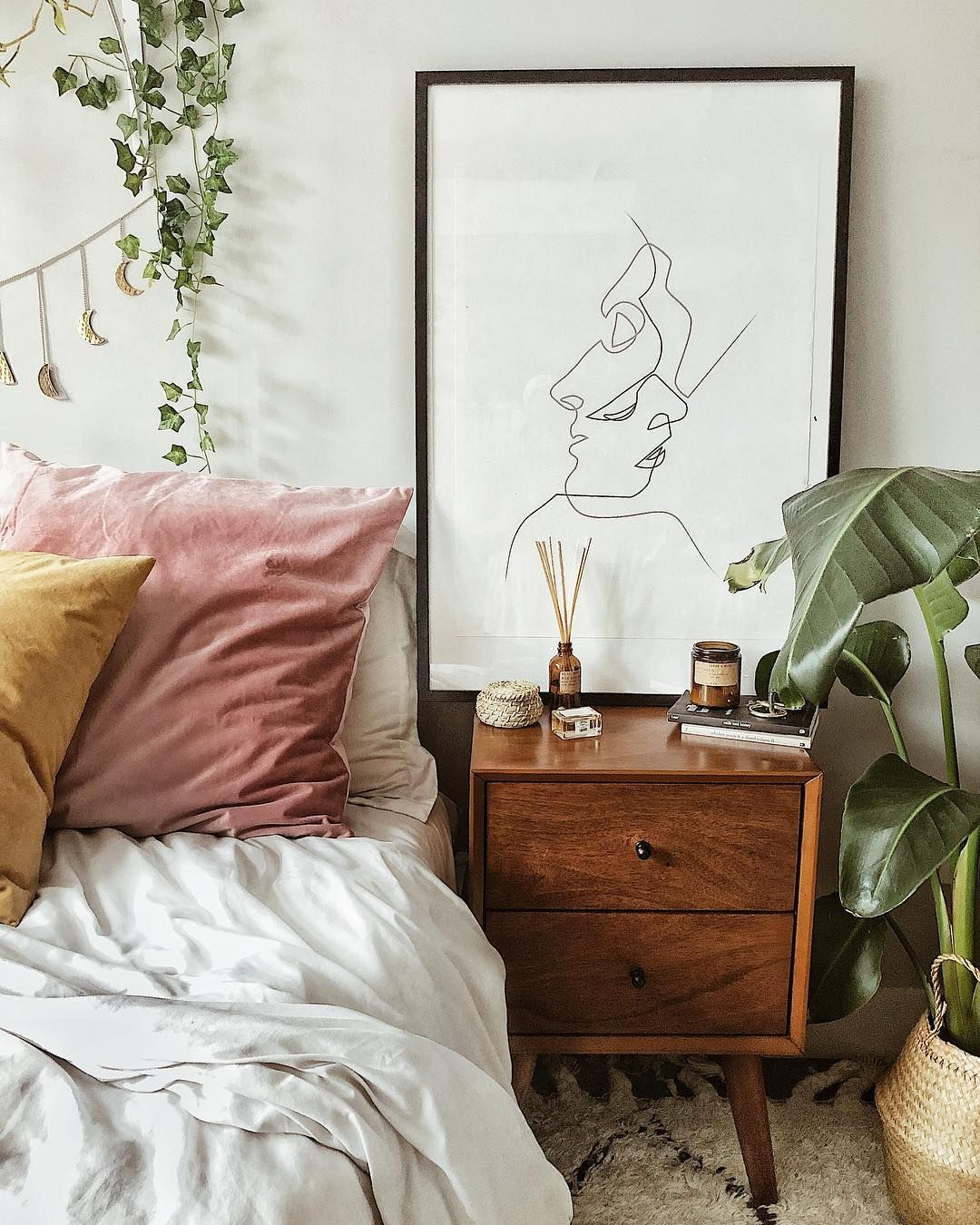 Riityeyayeѕt Mma Kyeiziyeyeye Small Bedroom Decor Cozy Small Bedrooms Home Decor