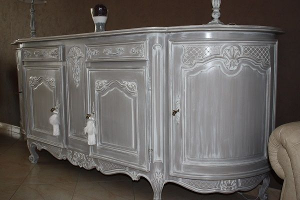 Buffet louis xv revisit en style gustavien chaux craie for Meubles peints ceruses