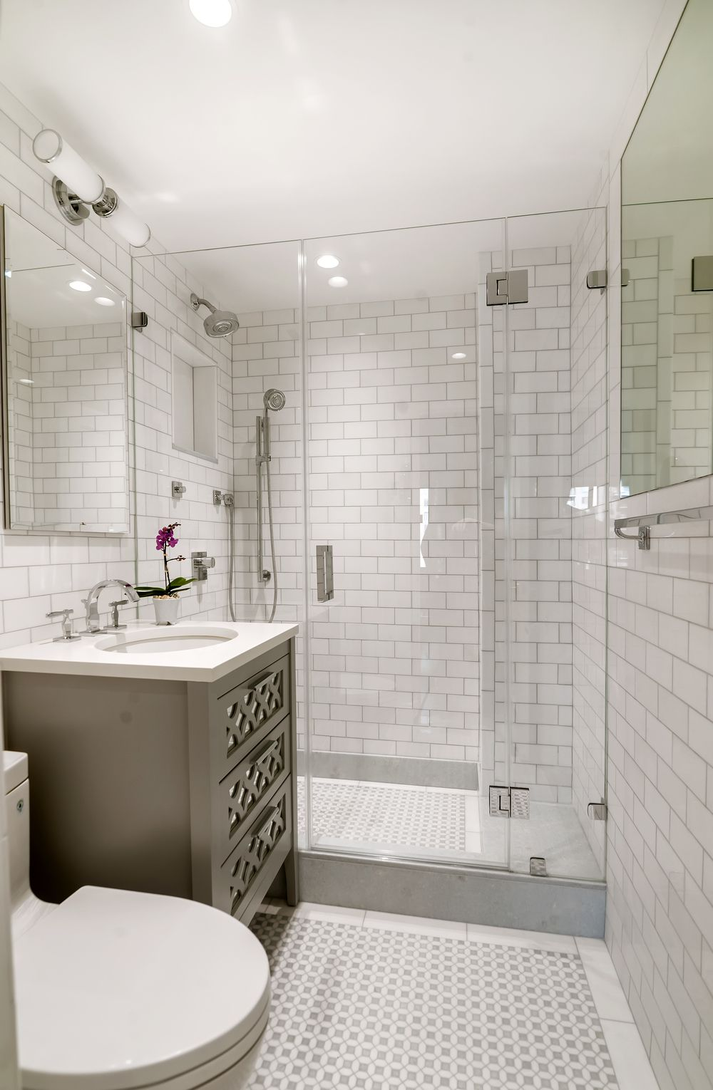 Before After Bathroom Remodel Cost Small Master Bathroom Bathroom Layout