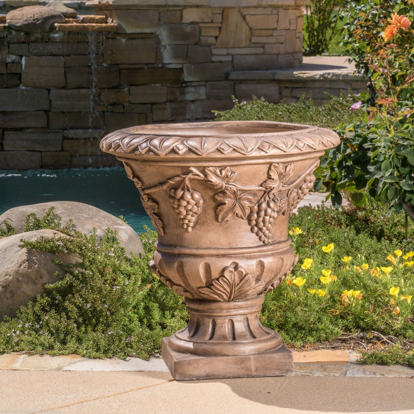 Large 21 Brown Stone Roman Decor Outdoor Garden Urn Planter / Flowers Pot Design Ideas