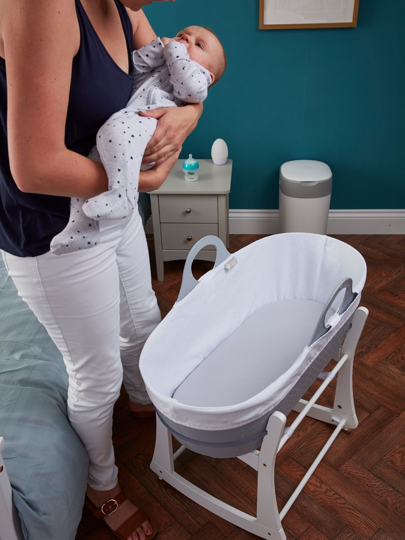 Tommee Tippee Sleepee Baby Moses Basket and Rocking Stand Grey