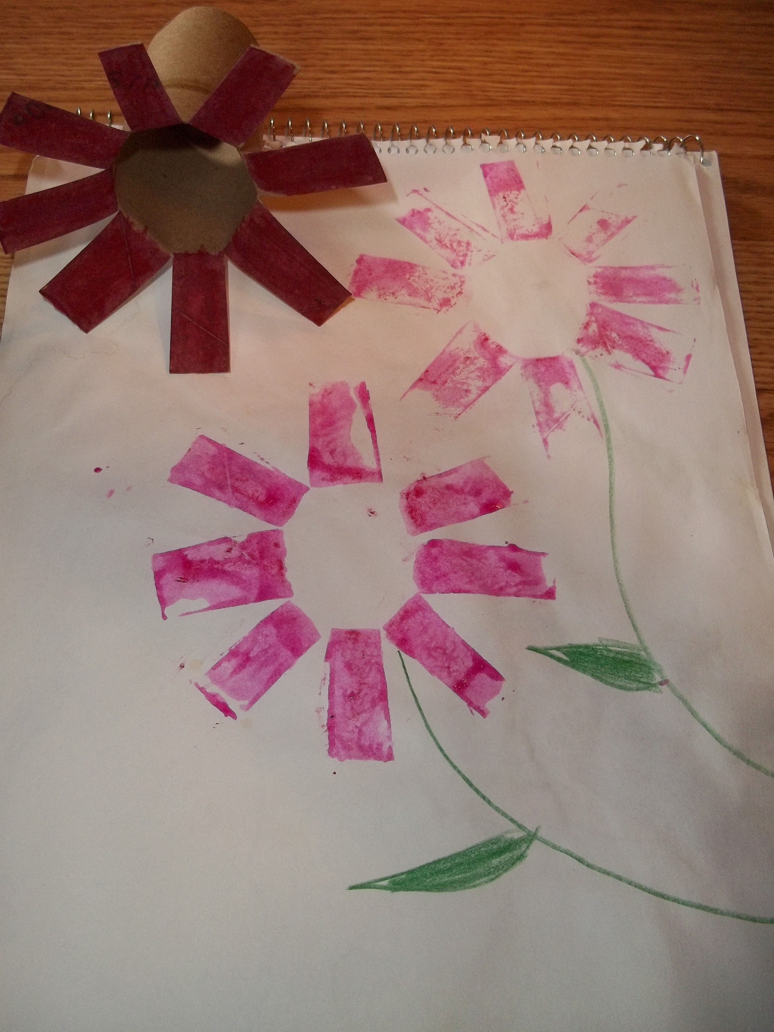 Easy Flower Painting With Bounty Tubes Great Kindergarten Craft