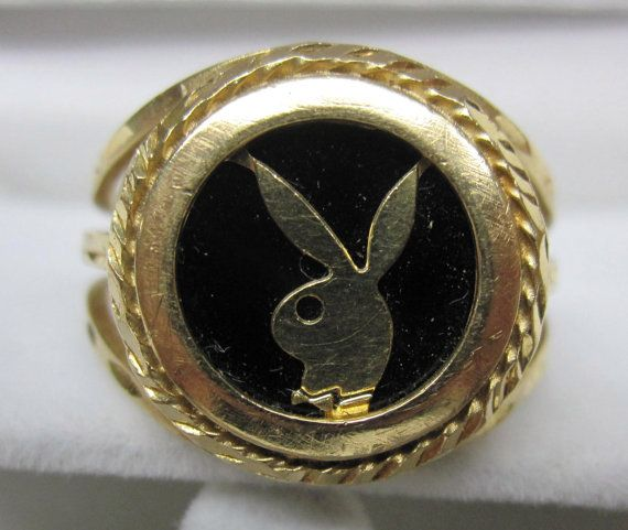 Beautiful 14kt Gold Onyk Playboy Bunny Men's Ring by Goldnconnection on Etsy  YM28