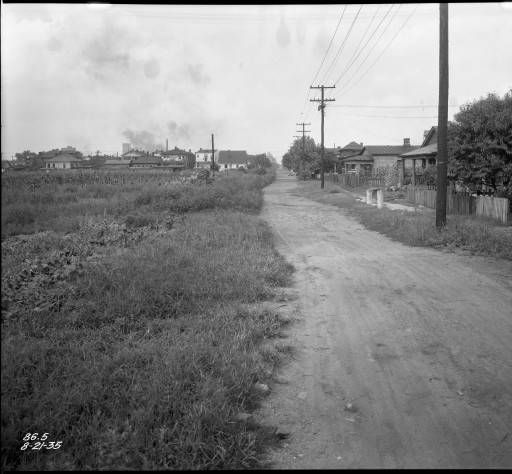12th Street, Louisville, Ky., 1935