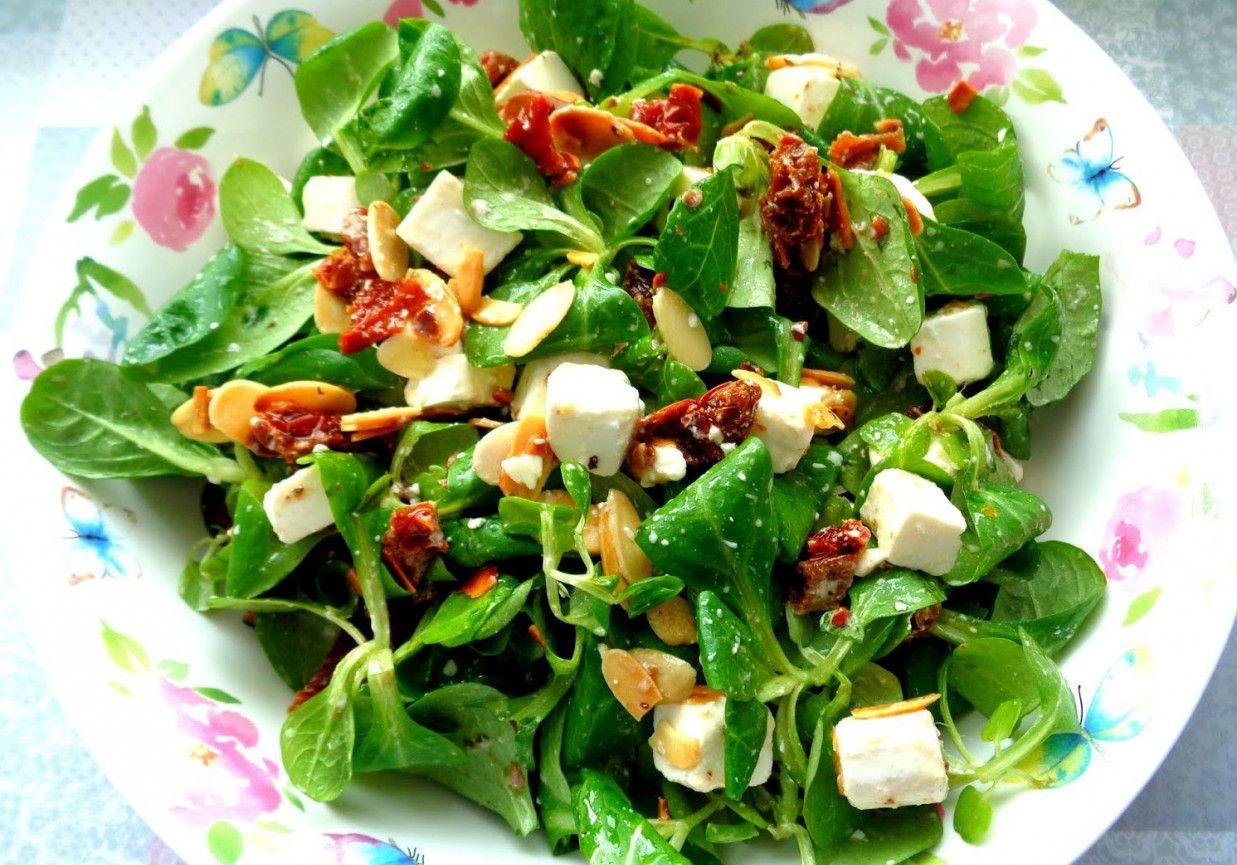Salatka Z Feta Z 4 Skladnikow Doradcasmaku Pl Recipe Salad Food Cobb Salad