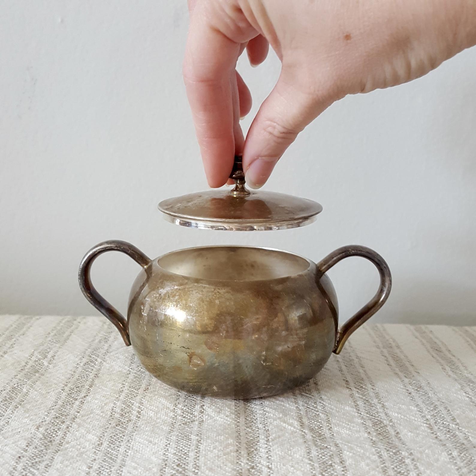 Silver Sugar Bowl w/ Lid Made in USA Sheffield Silver Co
