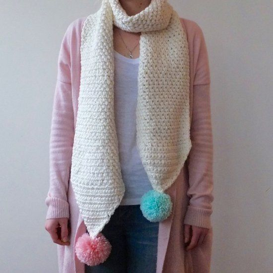 This chunky granite stitch crochet scarf pattern (with pompoms!) is ...