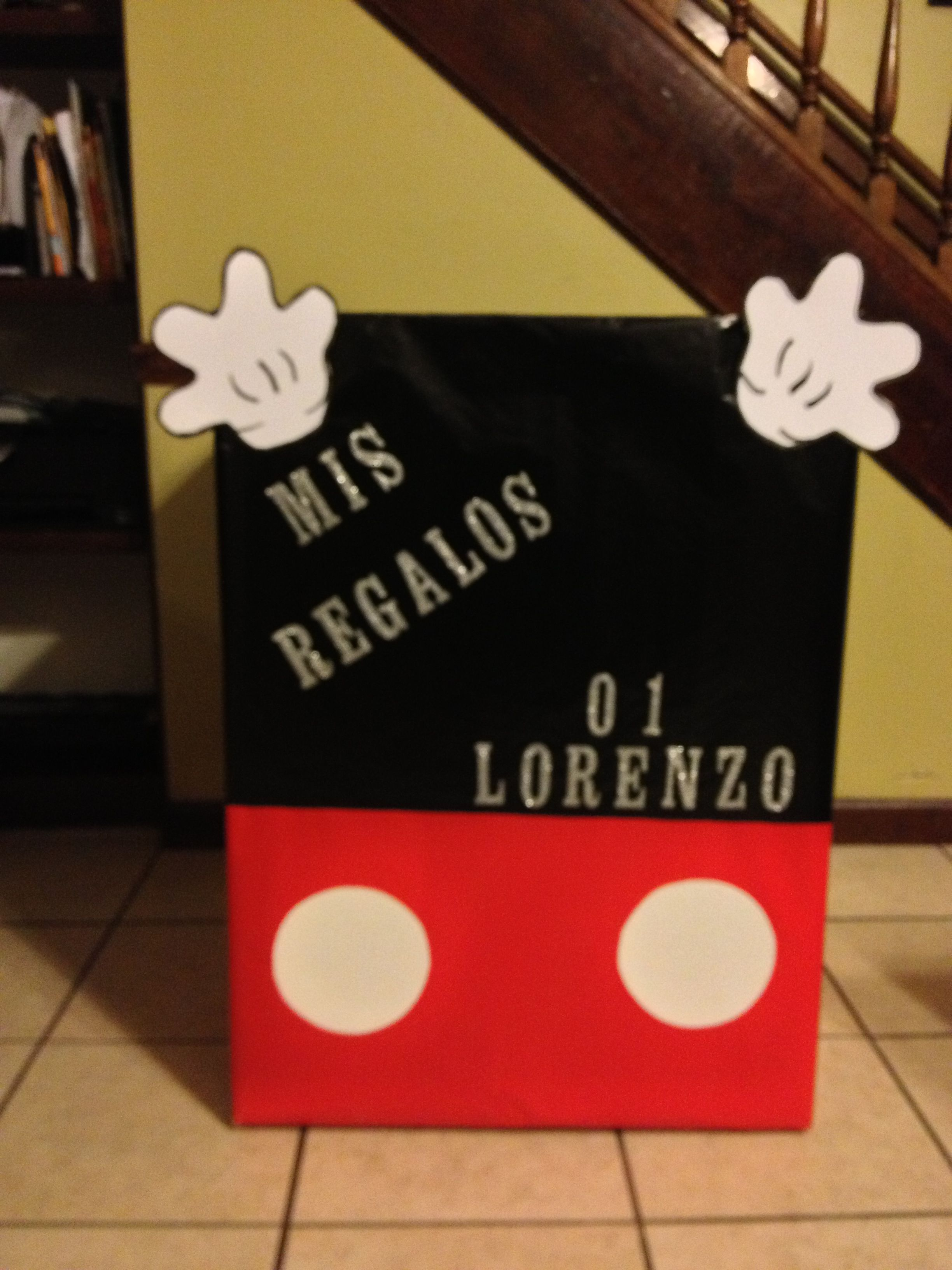 Caja De Regalos De Mickey Mouse Mickey Mouse Birthday Mickey Mickey Mouse