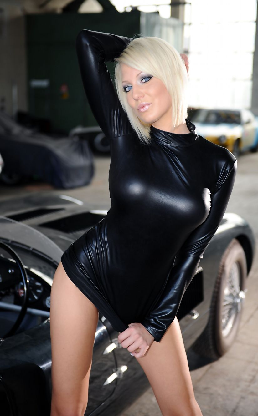 Cara cum latex