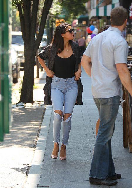 Selena Gomez on the Perfect Bikini