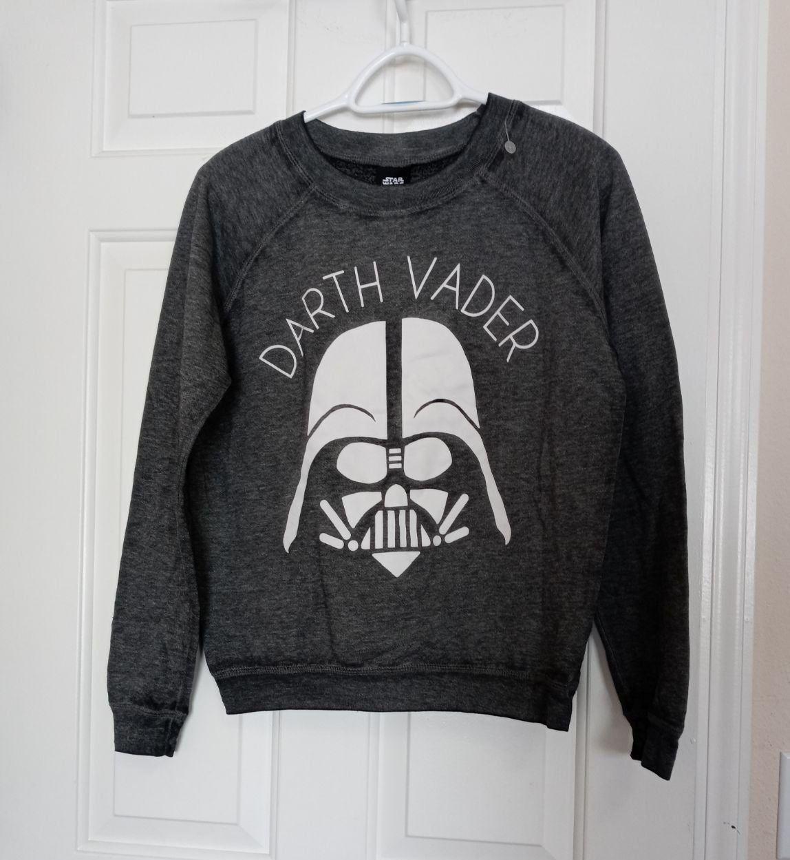Darth Vader Sweatshirt Mens Size Small Mercari Mens Sweatshirts Clothes Design Sweatshirts [ 1249 x 1148 Pixel ]