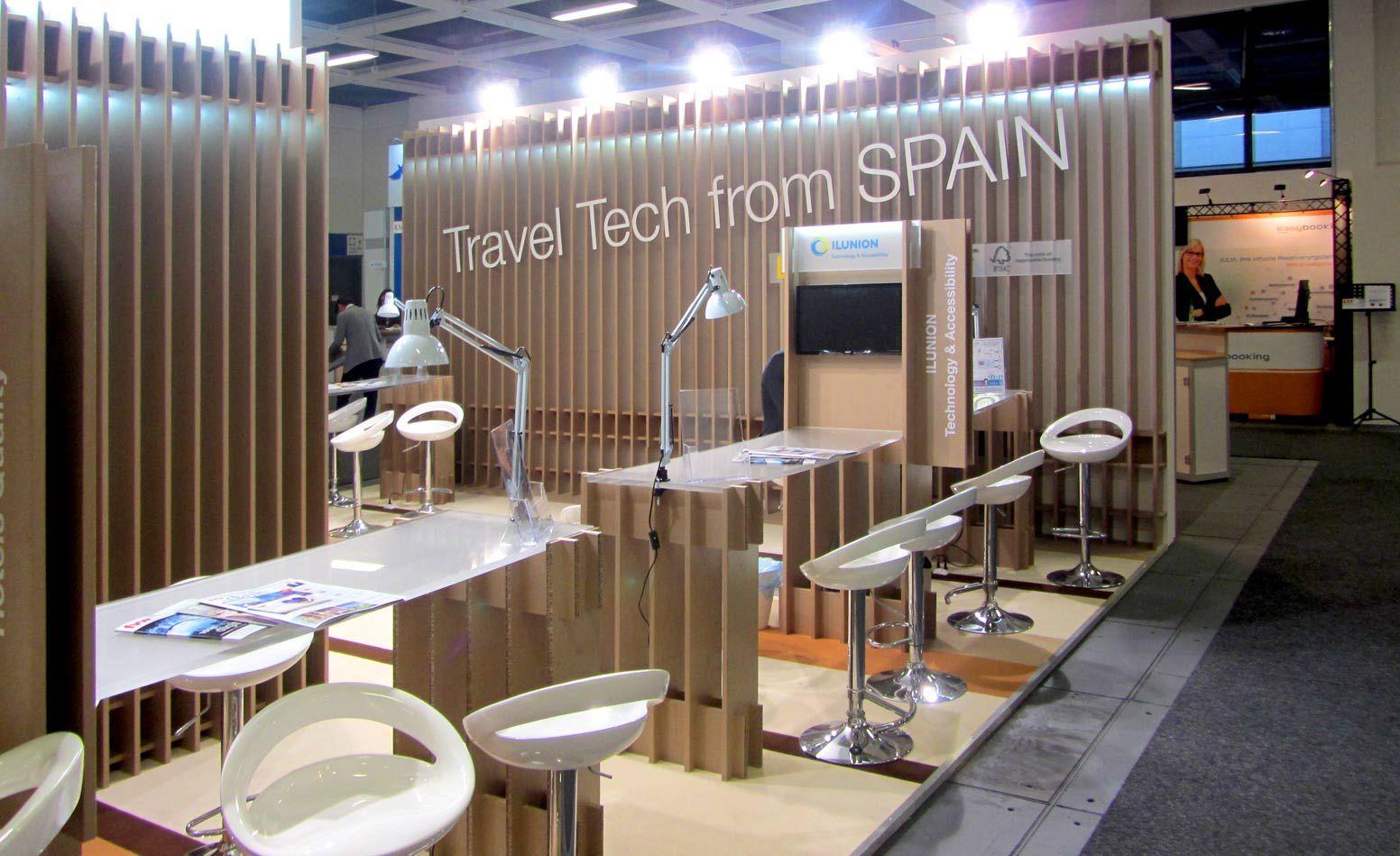 Exhibition Stand In Spanish : Letras de cartón y logotipos corpóreos exhibition stand