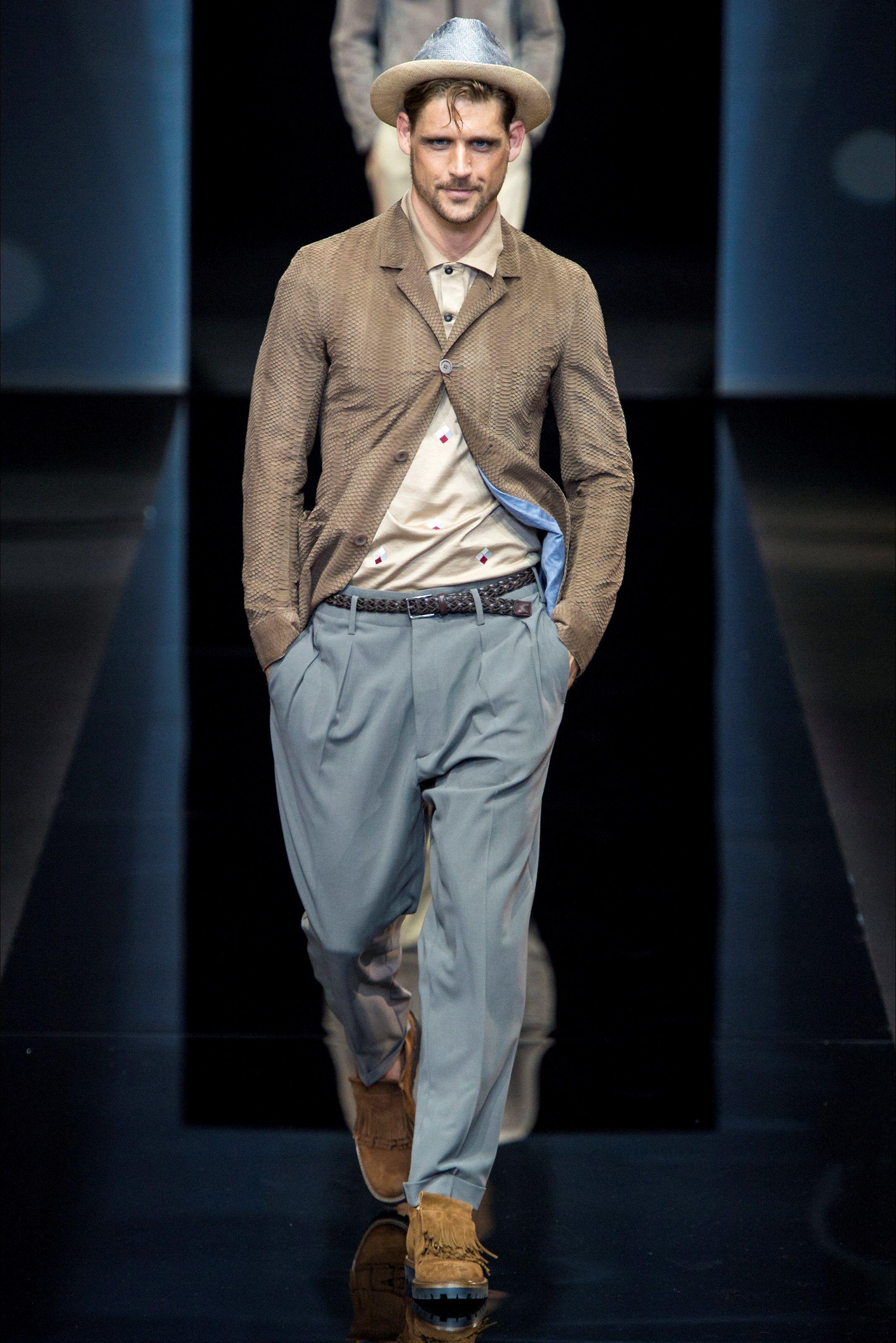 Sfilata Moda Uomo Giorgio Armani Milano - Primavera Estate ...