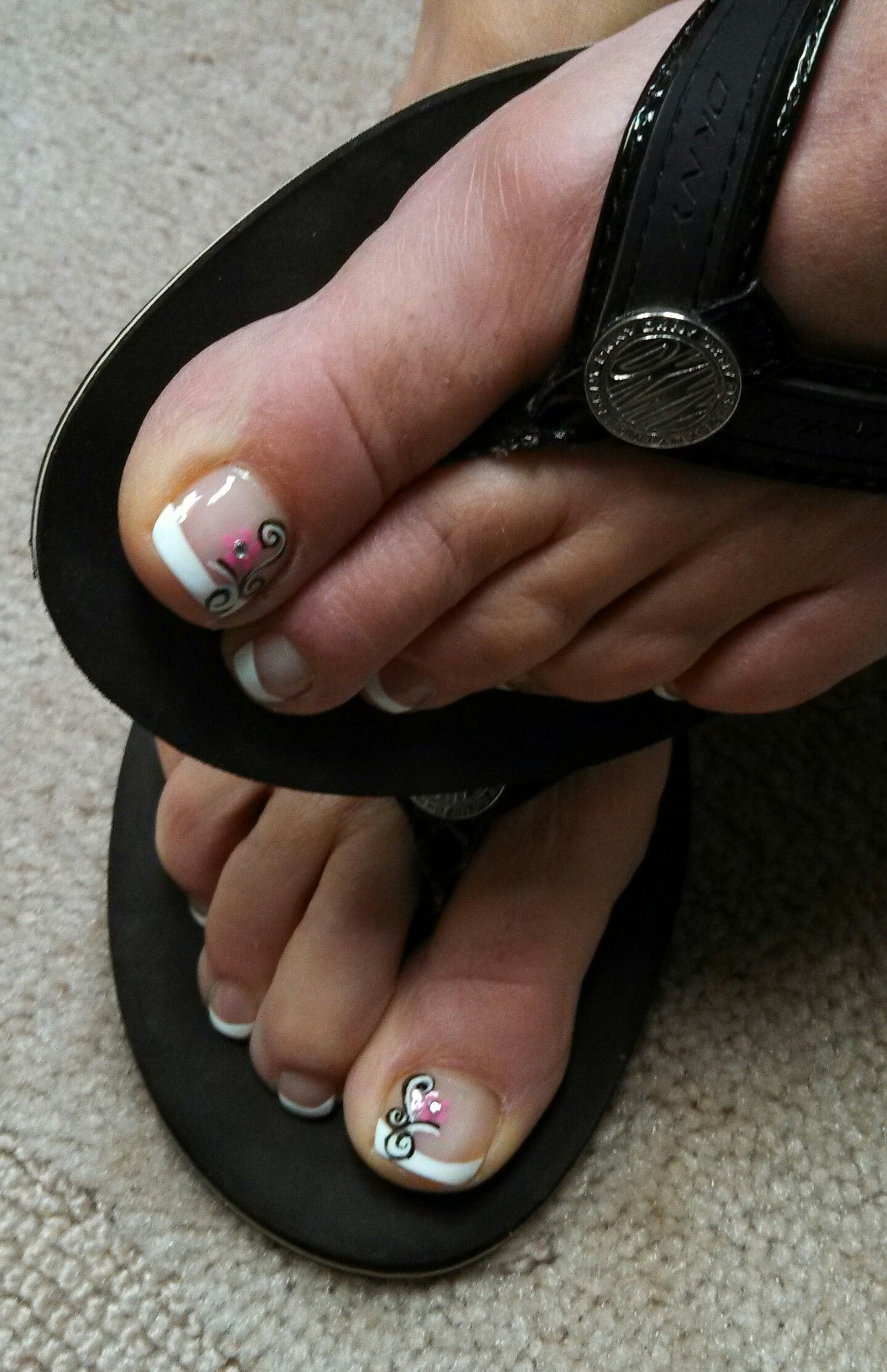 pink black and white a cute design for the toes !! Hand painted by ...