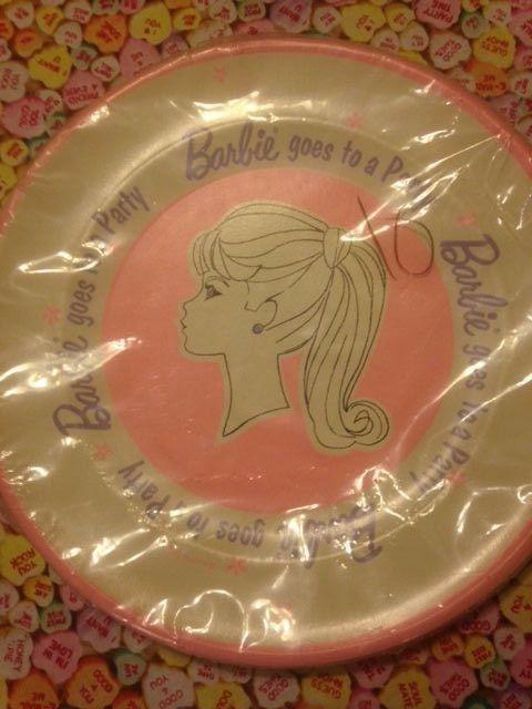 VINTAGE 1964 NEW Sealed Mattel Barbie Ponytail 9  Paper Plates (6) & VINTAGE 1964 NEW Sealed Mattel Barbie Ponytail 9