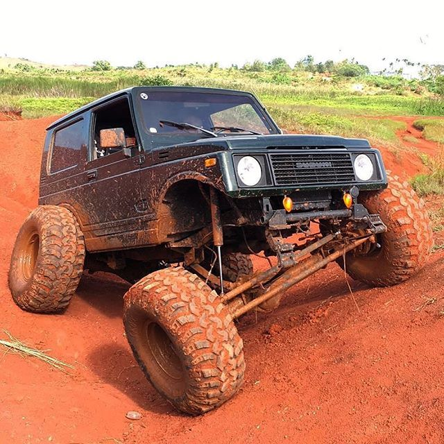 Check out this sweet Suzuki Samurai running our #Beefy