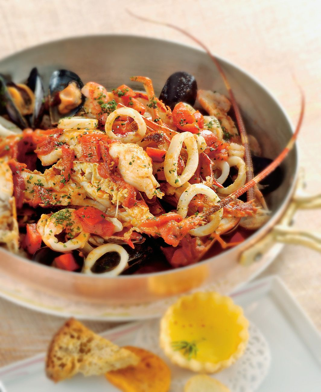 Photo of Zuppa di crostacei e frutti di mare