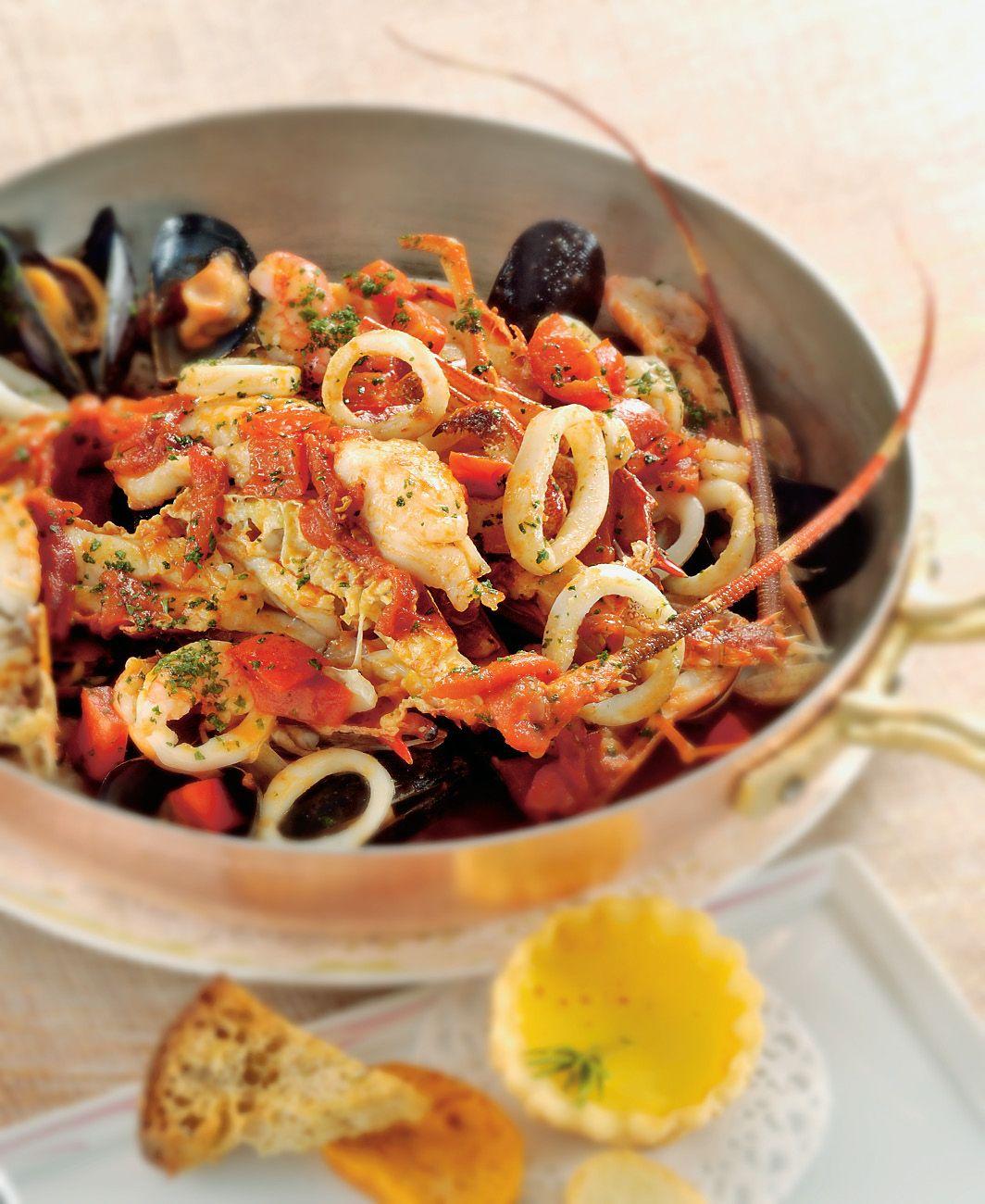 Photo of Zuppa di crostacei e frutti di mare
