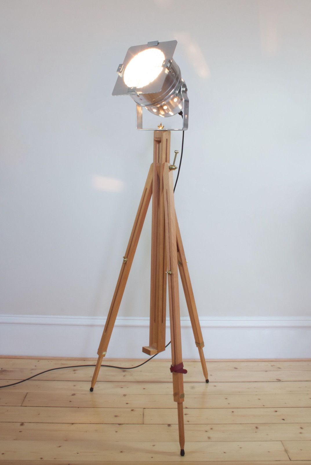 Classic Theatre Spot Light with Solid Wooden Tripod - Floor Lamp ...
