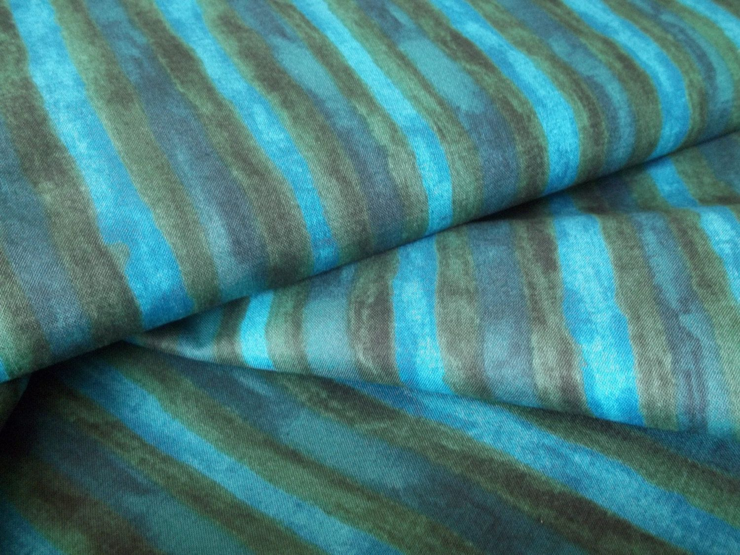 Blue stripe from the Hand Dyes range  for Makower 100% cotton UK seller by FABRICSAGOGO on Etsy