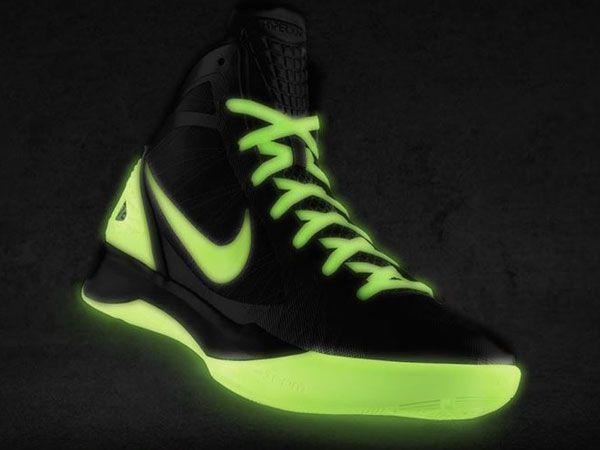 f51821e76109 ... Glow in the Dark Nikes Nike Hyperdunk 2011 iD – Release Info + Glow ...