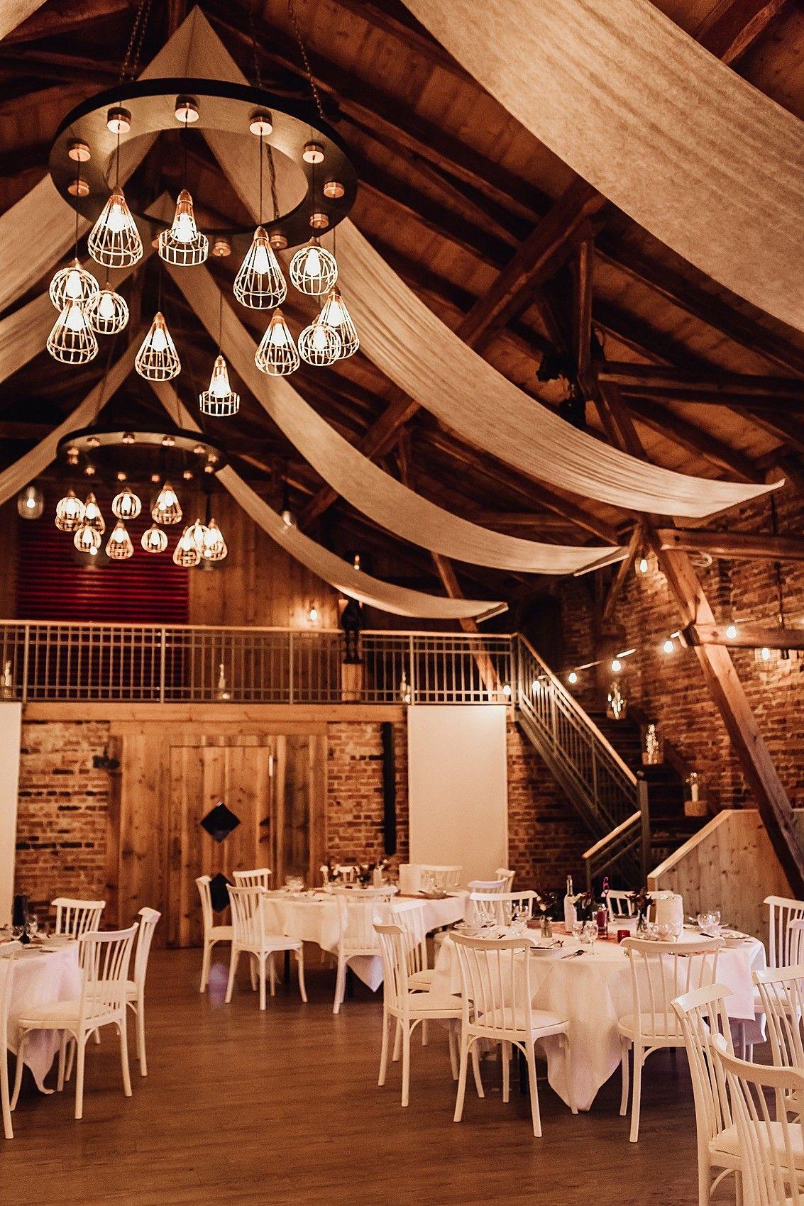 Hochzeit Auf Hof Frien Hochzeitslocation Feierlocation Hochzeit Location Goals Scheunenhochzei Hochzeit Location Hochzeitslocation Herbsthochzeit