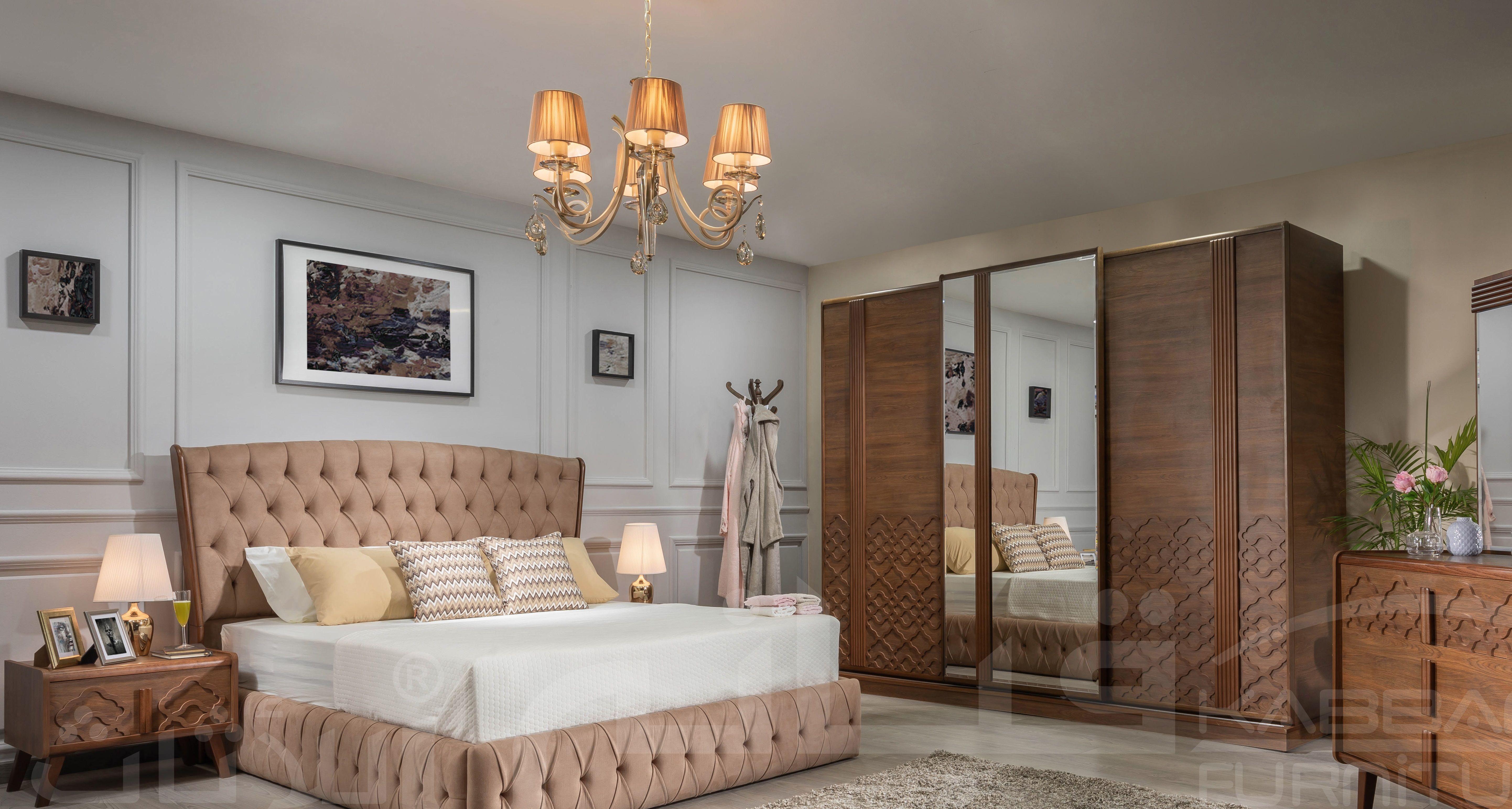 غرفة نوم براوني Furniture Home Bedroom