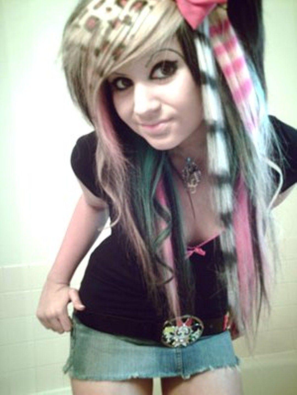 Emo Hairstyles For Girls EmoScene Hairstyles Pinterest Emo