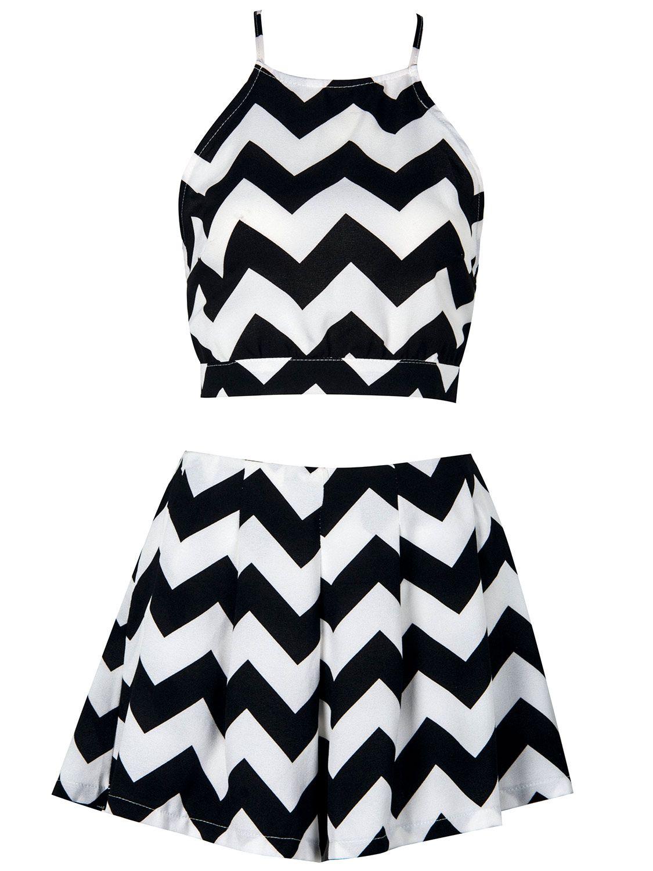 ae8ffb360de536 Shop Monochrome Chevron Print Crop Top And High Waist Shorts from  choies.com .Free shipping Worldwide. 12.99